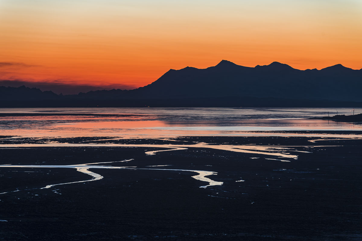 The extreme tides and coastal mudflats of Cook Inlet in the vicinity of Anchorage make for some great graphic elements to include...