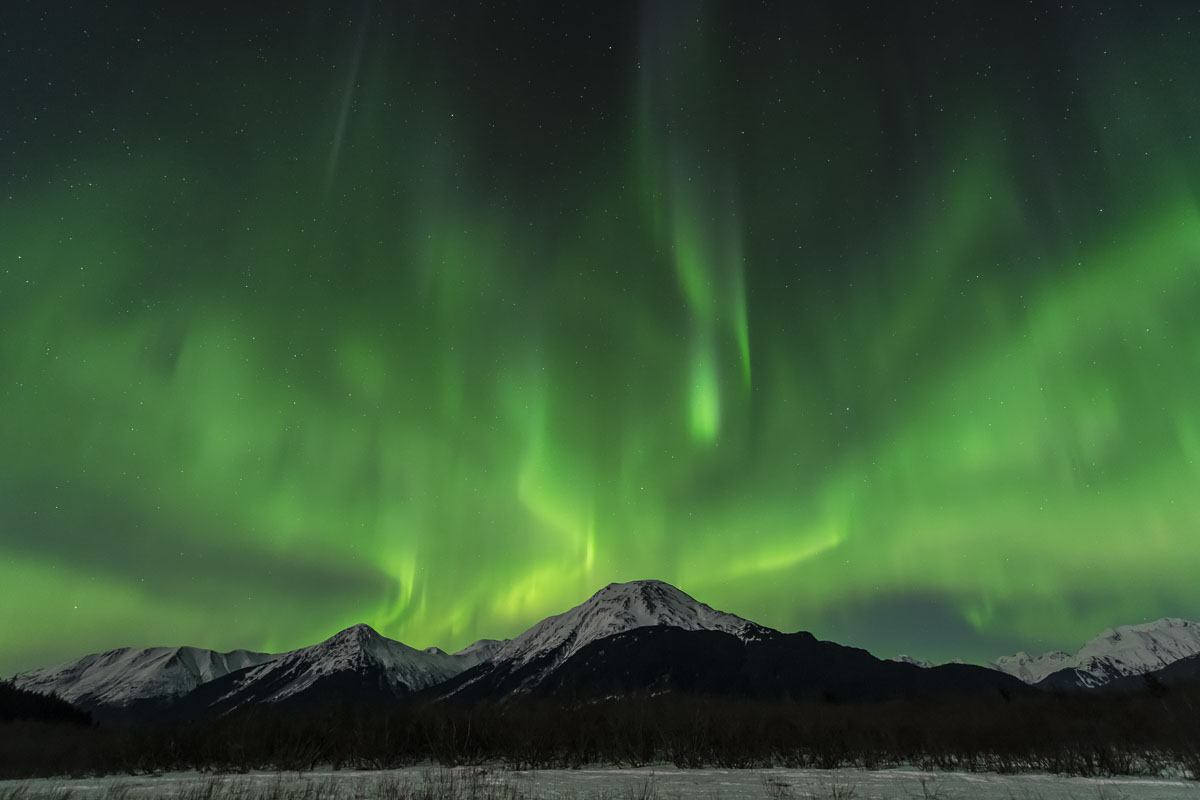 Chugach Mountains, Ingram Creek, Turnagain Arm, aurora borealis, night sky, northern lights, winter, photo