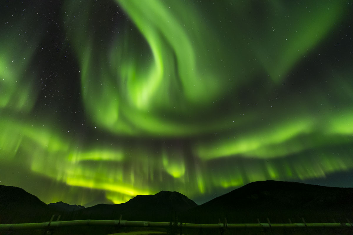 Alaska, Arctic, Autumn, Brooks Range, Trans-Alaska Pipeline, aurora borealis, night sky, northern lights, photo