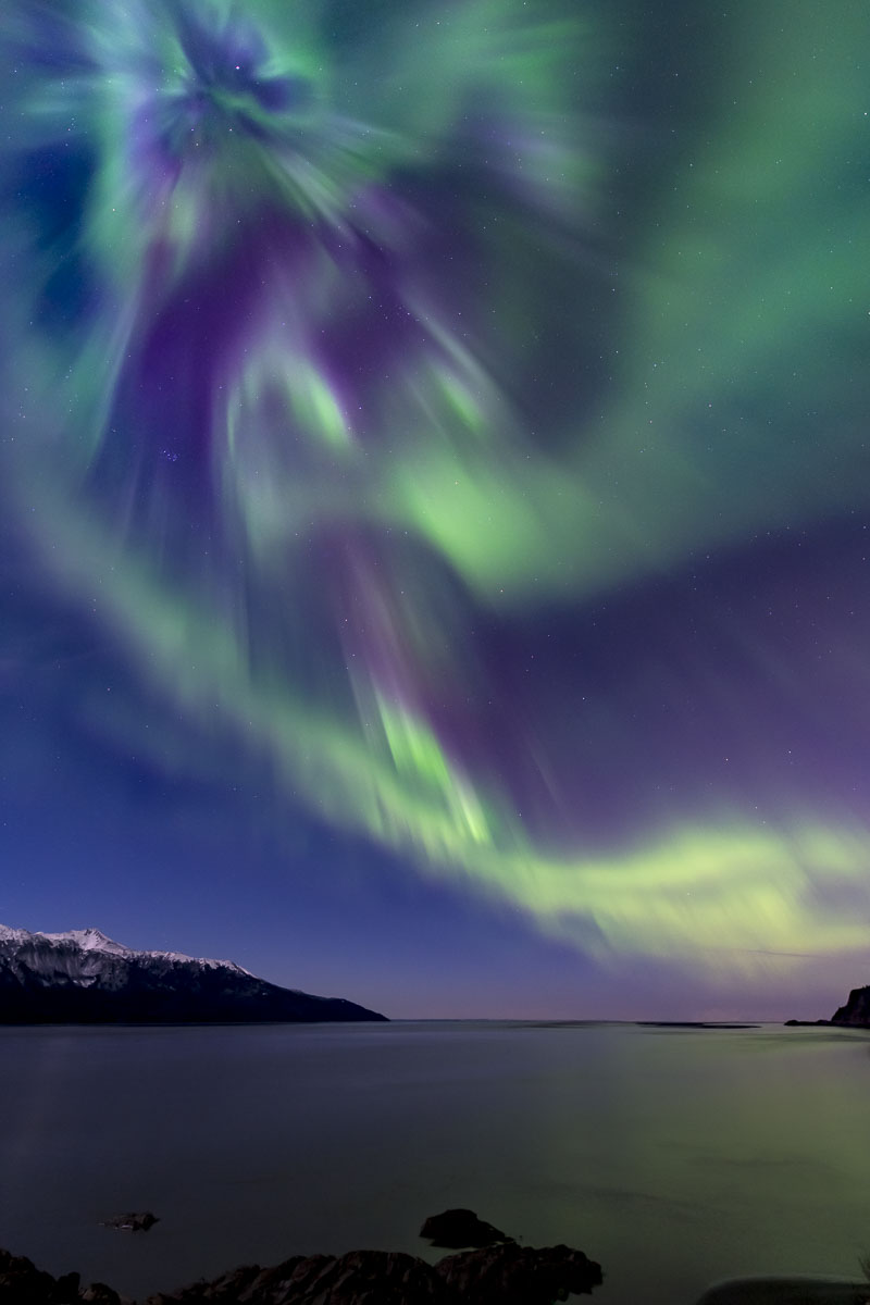 Alaska, Southcentral Alaska, Turnagain Arm, aurora borealis, nighttime, northern lights, winter, photo